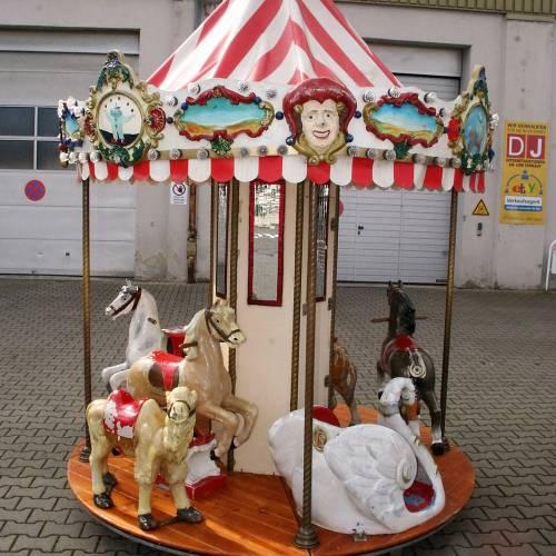 Kinder Karussell mit 7 Sitzplätzen